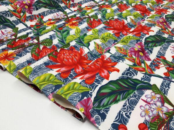 Tropikal Çiçek Desenli Kumaş