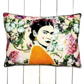 Frida Kahlo ve Çiçekler Kırlent