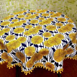 Nilüfer Çiçeği Masa Örtüsü