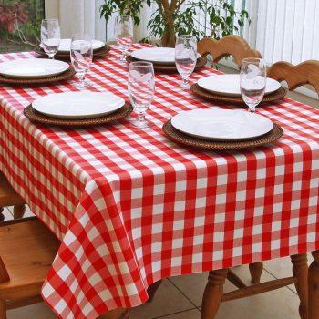 Kırmızı Pötikare Desenli Masa Örtüsü