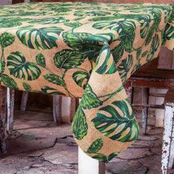 Çuval Zeminli Yaprak Desenli Masa Örtüsü