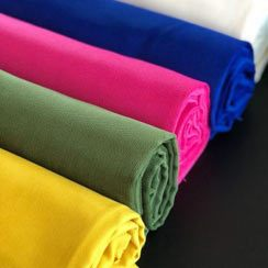 Düz Renk Kumaşlar