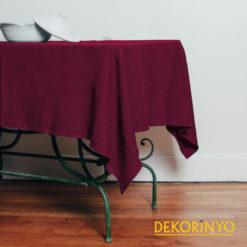 Bordo Renkli Masa Örtüsü