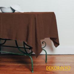 Kestane Renkli Masa Örtüsü
