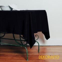 Siyah Renkli Masa Örtüsü
