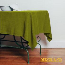 Yağ Yeşili Renkli Masa Örtüsü
