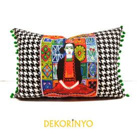 Frida ve Kaz Ayağı Desenli Yastık