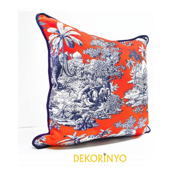 Canlı Mercan Desenli Bleu Blanc Desenli Biyeli Yastık