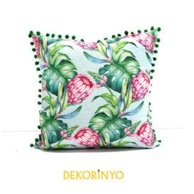 Güney Afrika Çiçeği Desenli Ponponlu Kırlent
